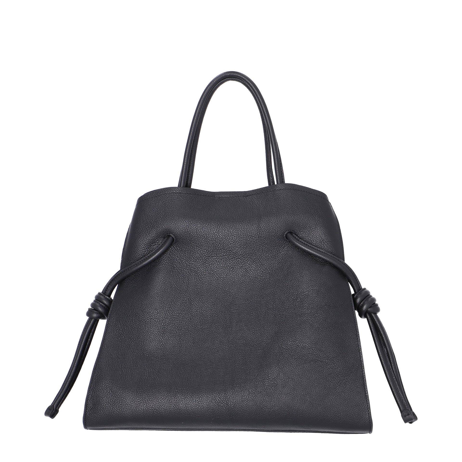 Coccinelle Lea Handtasche noir